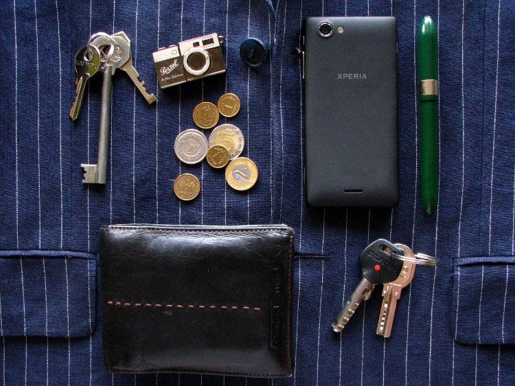 99cf904f6af09 Gdzie schować klucze, portfel, telefon? | Mr Vintage - rzeczowo o modzie  męskiej - Porady i Blog