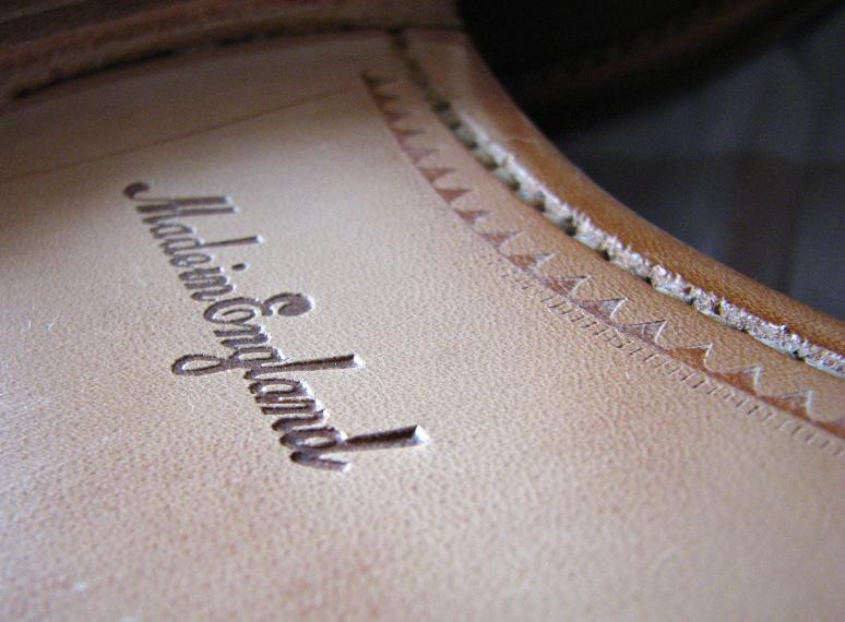 MrVintage Malowanie butów zamszowych 2