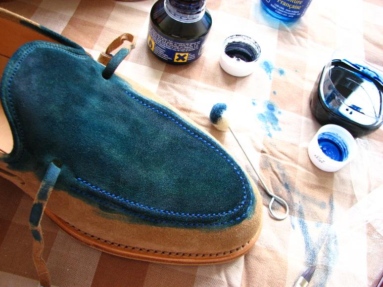 MrVintage Malowanie butów zamszowych 8
