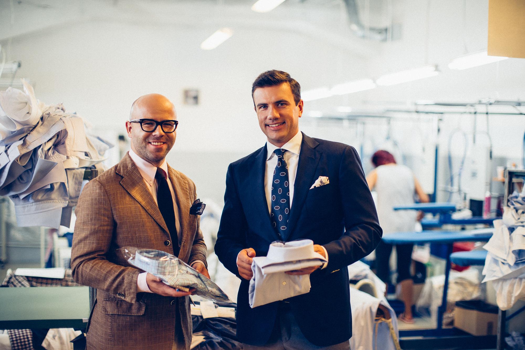e9d4c42b93318 Przed budynkiem wita mnie Michał Linke, dyrektor marketingu Emanuel Berg,  który pokaże mi całe zaplecze produkcyjne i opowie o historii marki.