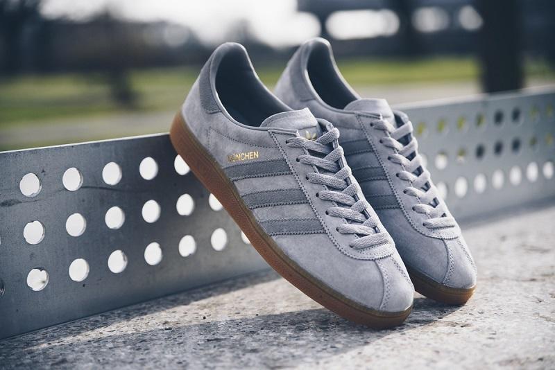 pol_pl_Buty-meskie-sneakersy-adidas-Originals-Munchen-BB5293-12391_4