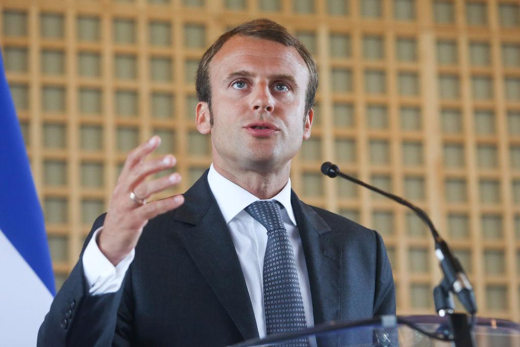 MrVintage pl Jak ubiera się prezydent Francji 1 closermag fr