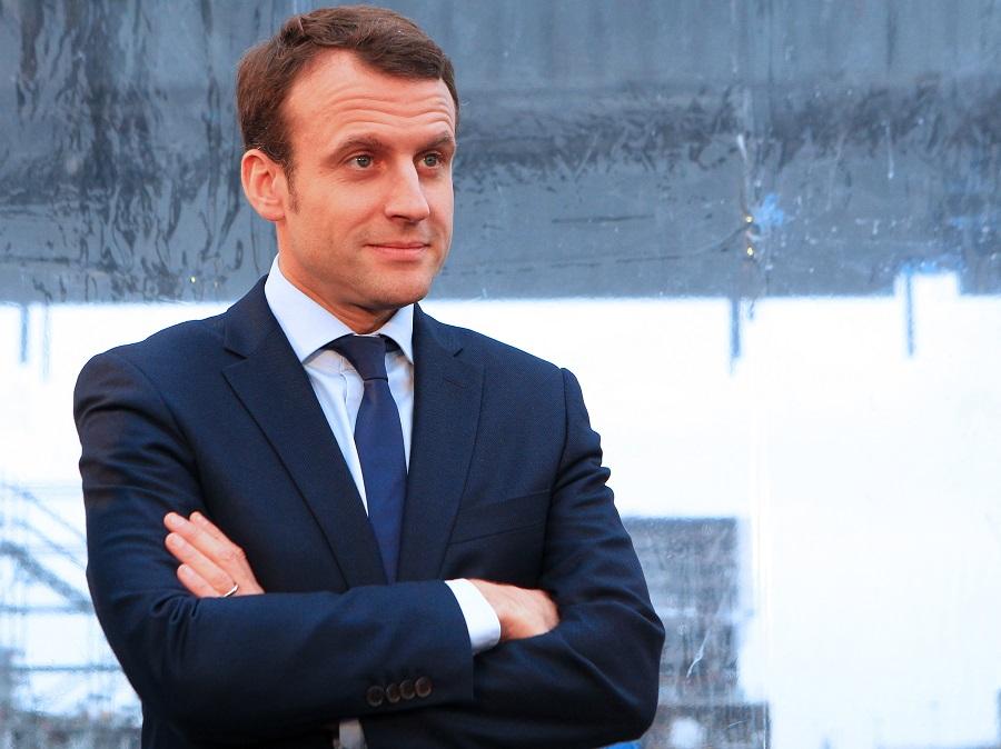 Emmanuel Macron, Ministre de l'Economie, de l'industrie et du Numérique - Emmanuel Macron visite le chantier STX France le 1er février 2016 ? Saint-Nazaire lors de la cérémonie des pi?ces du paquebot MSC Meraviglia. ? Laeticia Notarianni/Bestimage   00286796