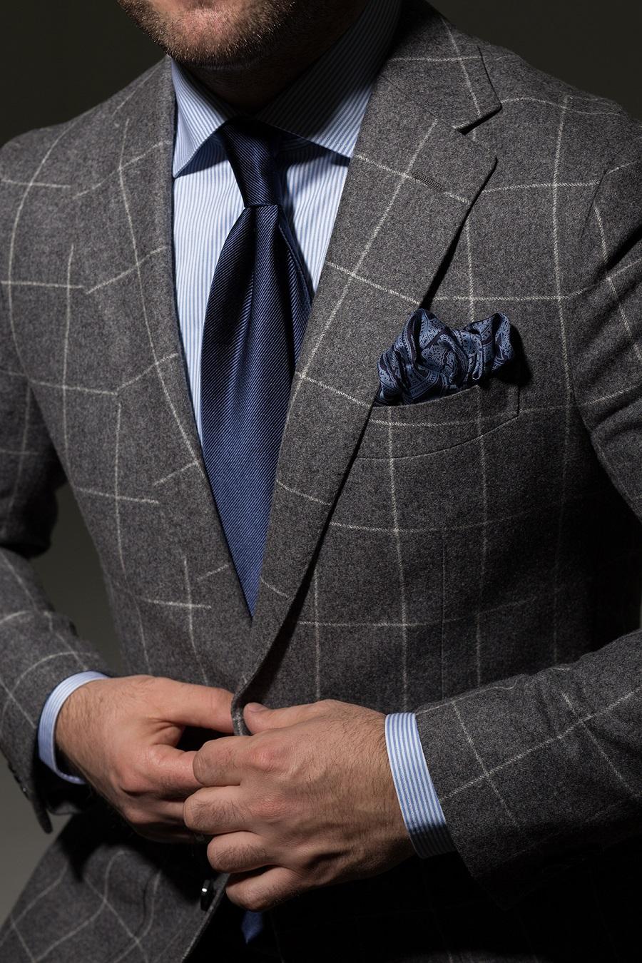 Garnitur: podstawowe kolory. Jakie buty i krawat dobrać do